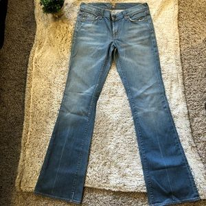 Women's 7For All Mankind Light Wash Jeans Size 27
